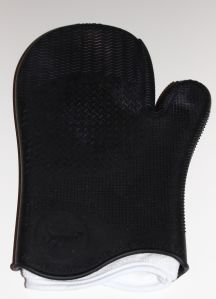 Sigma Spa Brush Cleaning Glove