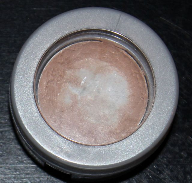 Pur Minerals Disappearing Act in Light