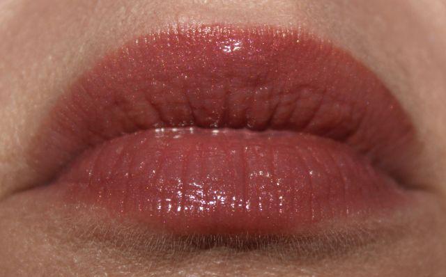 Vapour Elixir Plumping Lip Gloss Metro