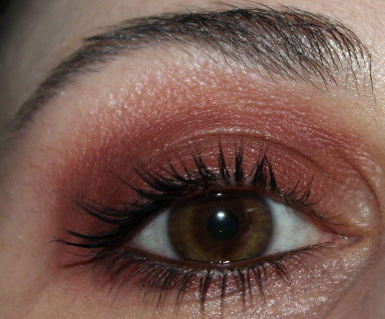 ABH Modern Renaissance Palette smokey eye